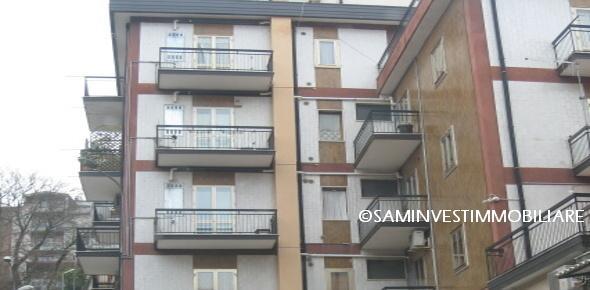 Vendesi appartamento zona centrale-S.Marco in Lamis(FG)