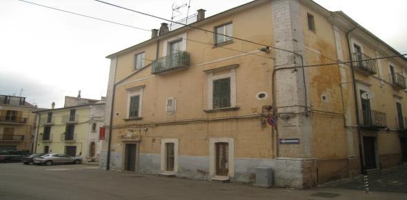 Appartamenti in via Roma, stabile di pregio - San Marco in Lamis