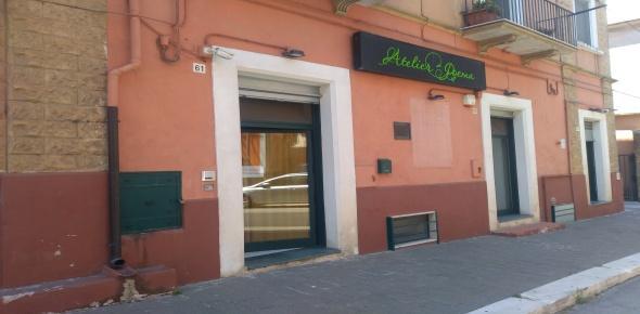 Vendesi  locali per attività commerciale - S. Marco in Lamis (FG)