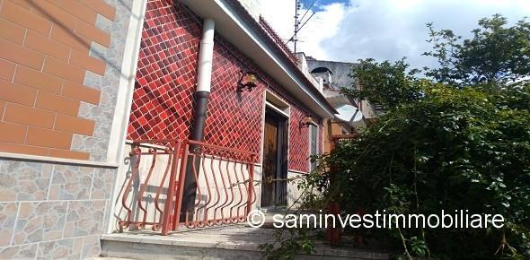 Vendesi a Borgo Celano, frazione di San Marco in Lamis (FG)