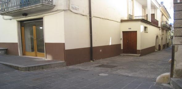 Vendesi in San Marco in Lamis (FG)  da adibire a qualsiasi uso
