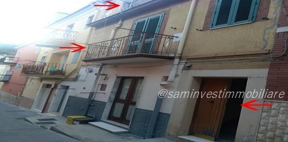 Casa autonoma u vari livelli in San Marco in Lamis (FG)