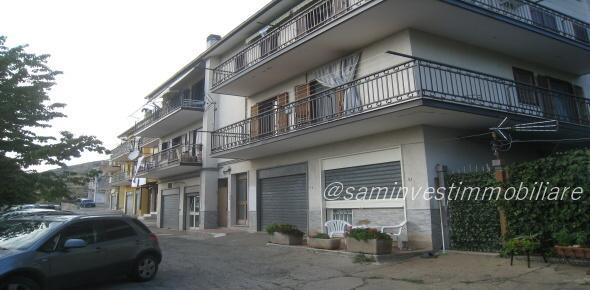 appartamento secondo piano, zona via Sannicandro