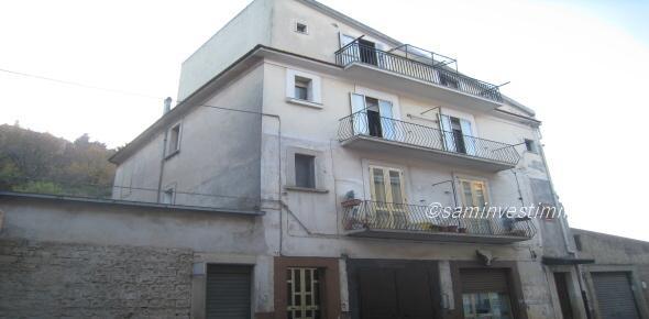 Vendesi appartamento via S.Severo- S.Marco in Lamis
