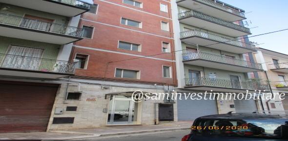 Vendesi lussuoso appartamento Via della Vittoria-S.Marco in Lamis