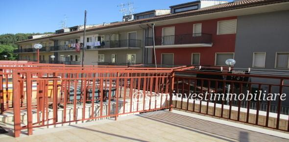 Vendesi in San Marco in Lamis (FG), nuovo e moderno appartamento più pertinenze esterne
