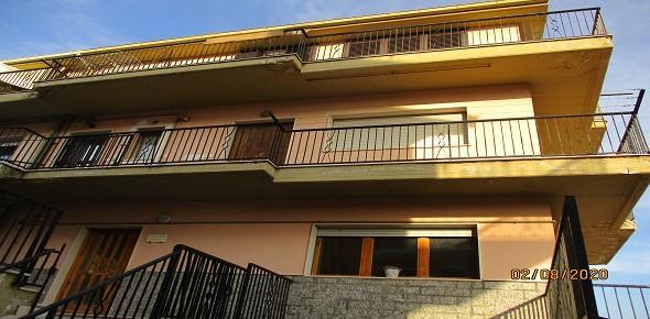 Vendesi  in zona periferica, panoramico appartamento-San marco in Lamis