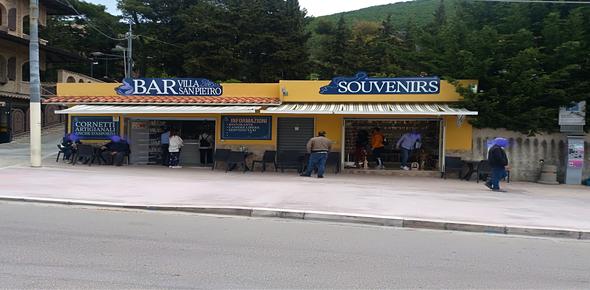 S. Giovanni Rotondo - attività di bar e merceria oggetti sacri