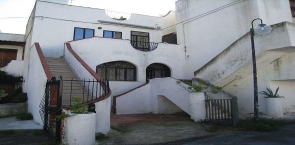 Vendita Villetta - San Menaio (FG)